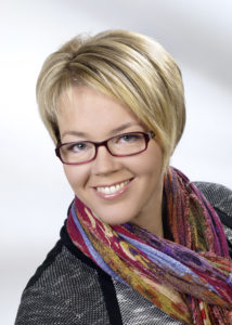 Dr. Cornelia Luxbacher-Stonek